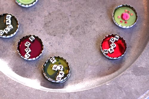 bottle cap magnets DIY