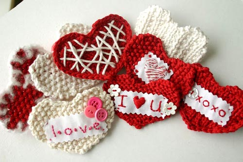 crochet pocket heart valentine