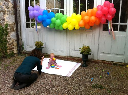 Balloon banner diy design mom for Balloon decoration ideas no helium