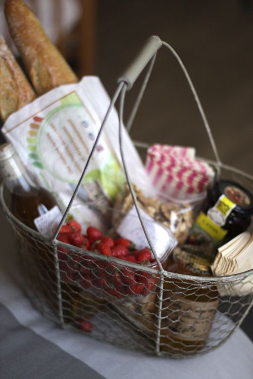 dordogne region welcome basket