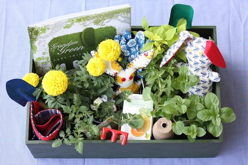 DIY: Little Farmer Easter Baskets