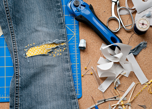 how to fix a hole in jeans by hand