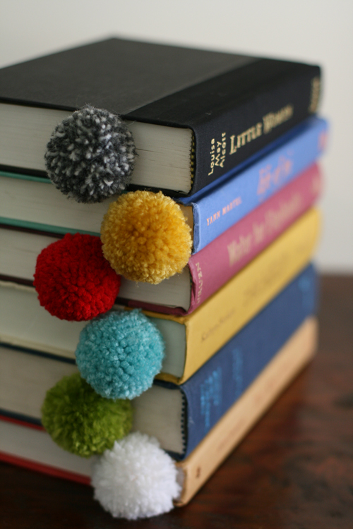 Yarn pom pom ball bookmark 8