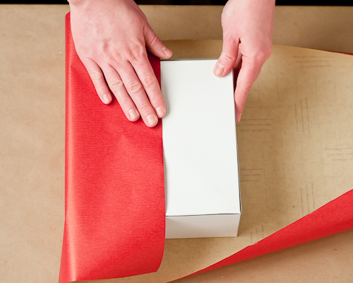 Living well 4 secrets to wrapping a present design mom for How to wrap presents with wrapping paper