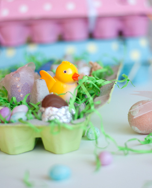 DIY: Easy Painted Egg Cartons