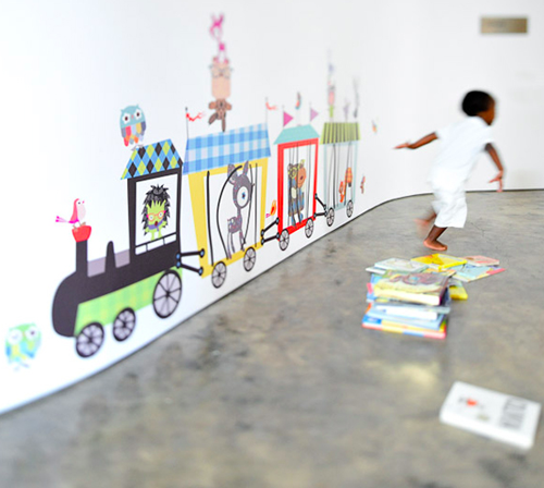 Oversize wall stickers from Pop & Lolli.