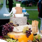 Creative wedding cakes: how about a cake of cheese?
