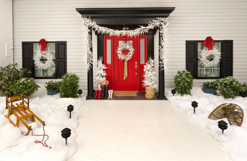 Lowe's Deck the Halls and Walls and All