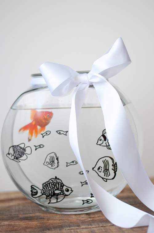 The Perfect Gift: Custom Fish Bowl + Free Downloads ...