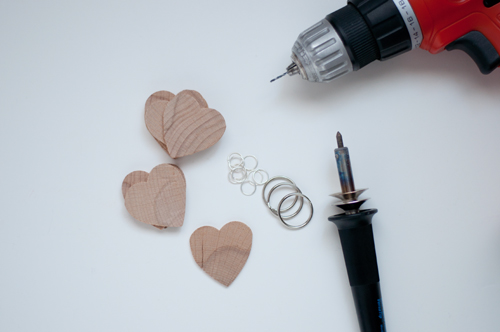 DIY Valentines: Etched Heart Keychains   |   Design Mom
