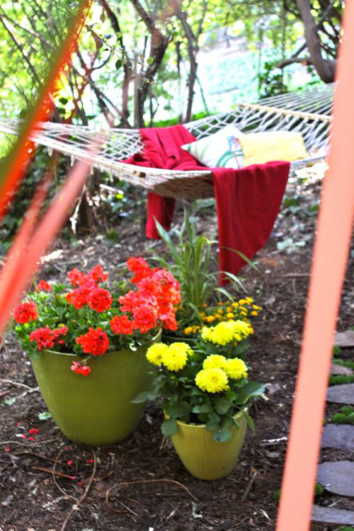 Transform a corner of your yard into a garden hideaway.   |   Design Mom