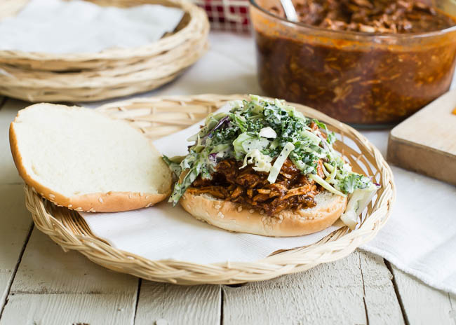Slow Cooker Recipe: Pulled Pork Sandwiches with Homemade Coleslaw   |   Design Mom   #crockpot