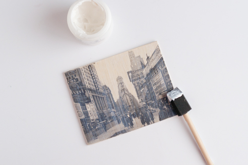 #DIY Wooden Postcards with Photo Transfers   |   Design Mom