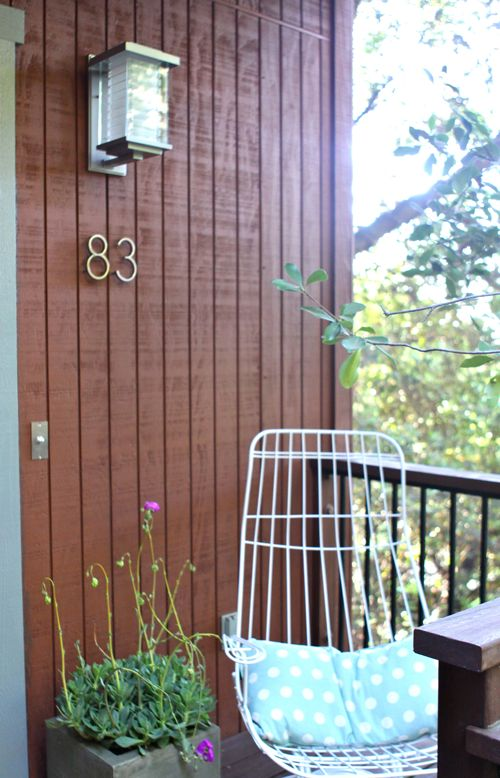 Front Porch Makeover. Give your house a major facelift in 5 easy steps!   |   Design Mom
