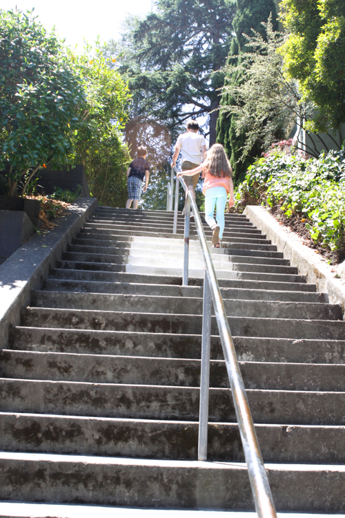 "Have you ever taken a ""Secret Stairs"" hike? Click through for the how to."