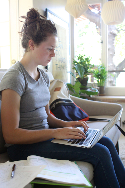 Instant LIVE tutoring from Chegg.com. Perfect for those last-minute, late-night homework panic sessions! Log-on to Chegg and get help in seconds.