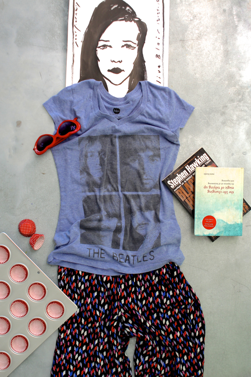 Teen girl outfit styled with Schoola - an online thrift shop with gently used clothing at bargain prices. Proceeds fund school art and PE programs.