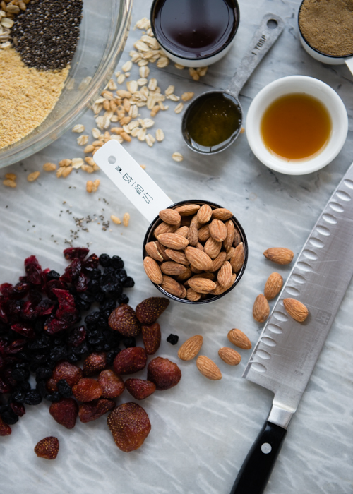 Granola Bar Ingredients. Click through for the recipe.