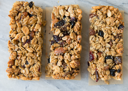 Recipe: Homemade Berry Almond Granola Bars