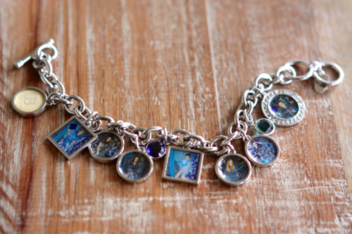 Custom Photo Charms in squares and circles. Would be fun to add photos of places we've traveled.