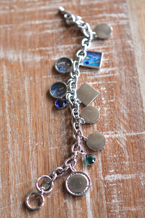 Personal Photo Charms in squares and circles for your bracelet.
