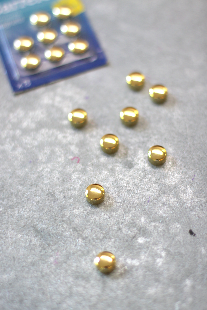 Favorite French School Supplies - gold magnets
