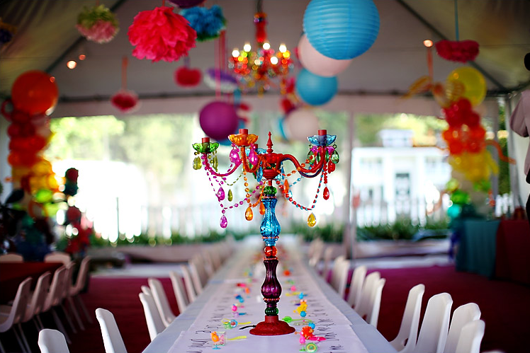 Alice in wonderland over the top design mom - Alice in the wonderland party decorations ...