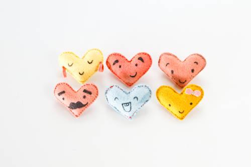 felt heart DIY