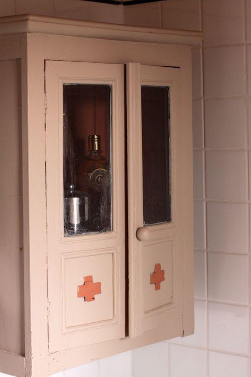 bathroom cabinet la cressonnière