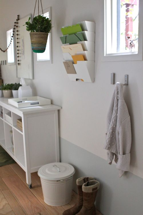 The treehouse hallway turned mudroom make it happen for under 300 design mom - Tapijten ikea hal ...