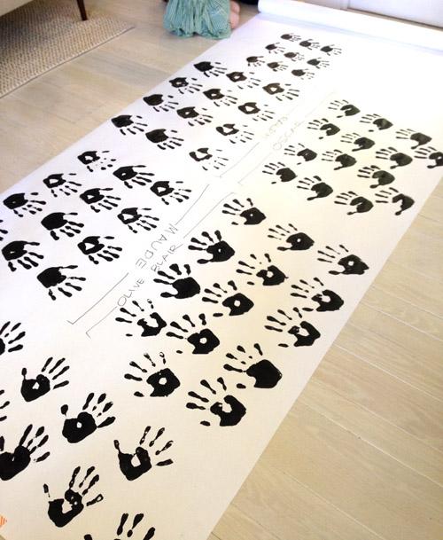 Design Mom Book Roll of Hands
