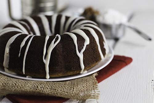 Make-Ahead Sour Cream Coffee Cake | Design Mom