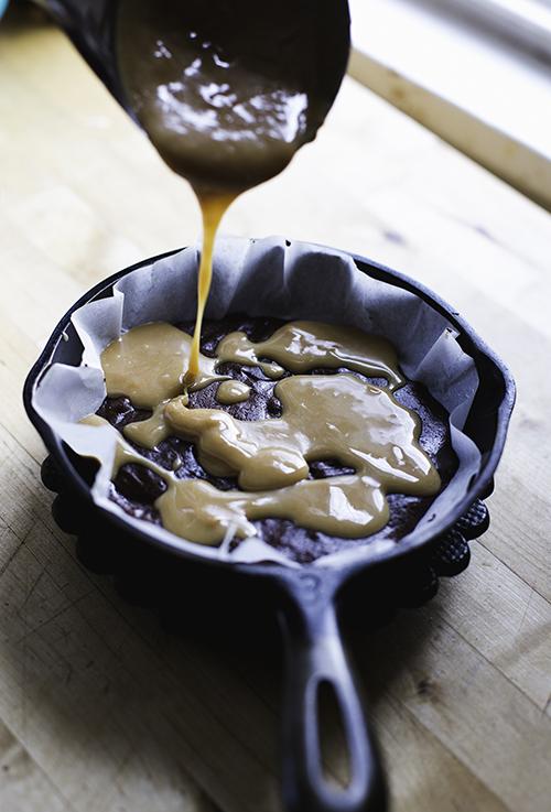 salted-caramel-brownies 8