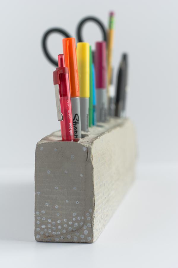 DIY Concrete Pencilholder