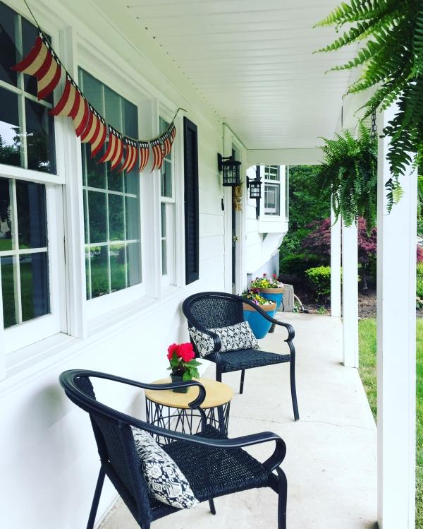 Living With Kids: Jennifer VanDerwerken featured on top design blog, Design Mom