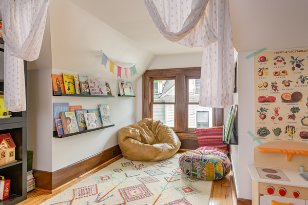 Living with kids: Melissa Neff's home featured by top design blog, Design Mom